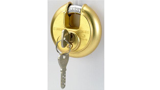 Disc Pad Lock